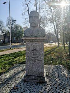 Pomnik Józefa Piłsudskiego w Zawierciu
