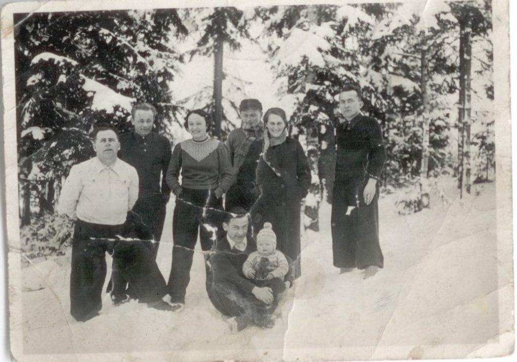 zdjęcie dziadka Franciszka Grzesiaka - zimowy wyjazd