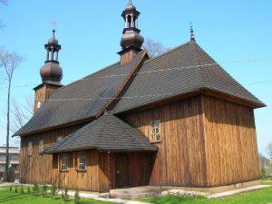 Zabytkowy kościółek w Mileszkach